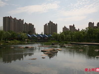 湖滨国际10楼253平 车位 精装全套复试2层 空中别墅 410万看中可谈