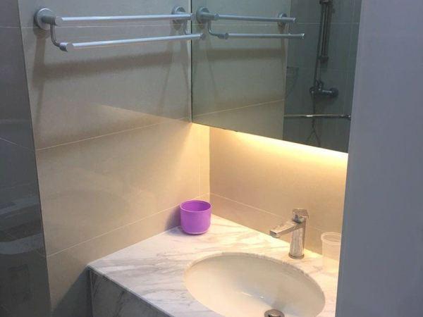 缇香广场20楼公寓 1室1厅 精装修拎包入住 2万年 半年付