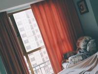 金新城首府20楼99平 车位 精致装修三室二厅 270万元