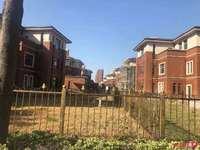 江阴湖畔花园独栋别墅 面积500平赠送300-500平大院子 价格500万起