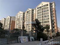 中港花苑4楼135平方简单装修三室二厅265万元