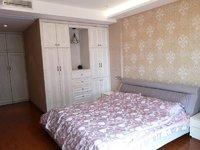 玉水世家7楼148平方 车位,加固有160平 精装 四室二厅 报价358万