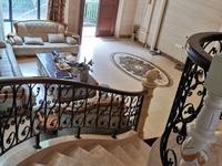 雅美阁联排别墅343平有前后花园,送4个车位5居室加3个衣帽间2个阳光房!