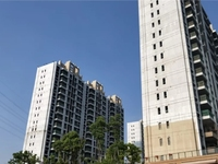 碧桂园凤凰台小高层12楼117平三室二厅二卫193万加车位小区环境很好看中好谈