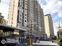 中梁壹号院一期下叠155平方,超大院子,产权车位,上下三层368万元。