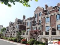 阳光怡庭联排别墅 360平方,新空房,前后大院子,纯别墅区报价810万 满两年