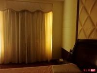 张家港江帆花苑6楼223平5室2厅2卫180万精装