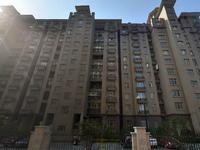 中联皇冠6楼143平方产证满2年三室二厅空房未装296万元