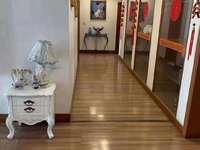 银都桂花园2楼179.2平 急售二环内最便宜一套单价在1200多,买了超划算