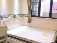 君临新城2楼95平方豪华全新装修二室二厅65000元/年