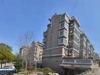 万红二村5楼104 朝南自20平双阳台实际面积125平中装满五年唯一175万可谈