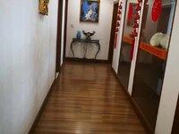 银都桂花园 2楼 179平方 自行车库 精致装修 四室二厅 210万元 满五唯一