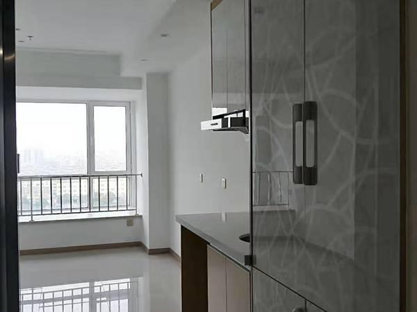 房东急卖,抢到就是赚到,中间楼层,有钥匙,看房方便