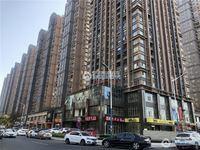 中联铂悦房东急用钱低价出售7楼135平三室二厅189万满两年有车位看房有钥匙