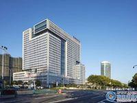 华芳国际大厦83平朝南6楼135万