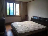 花园浜二村4楼 ,78平米,三房一厅一卫全新装修 ,特价138万